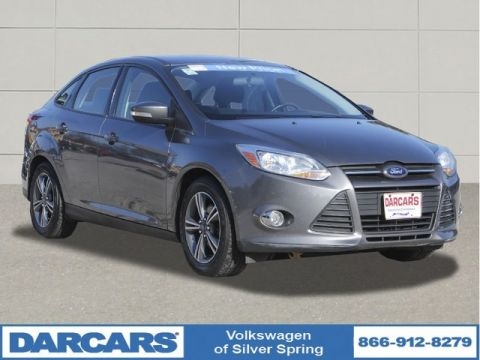 Pre-Owned 2014 Ford Focus SE Front Wheel Drive Sedan